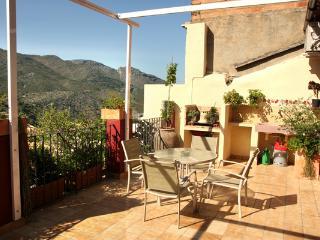 Casa con encanto en La Vall de Laguar Costa Blanca - La Vall de Laguar vacation rentals