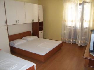 Apartmani Šciran - Ap 4+1 - Pag vacation rentals