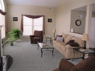 Simple Elegance = Peaceful Rest - Grantville vacation rentals