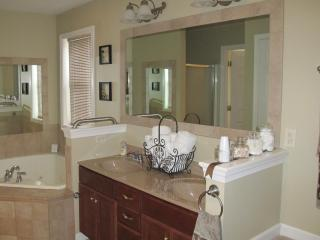 Simple Elegance = Peaceful Rest - Myerstown vacation rentals