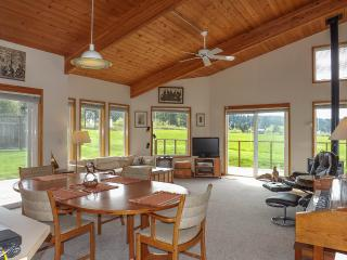 Condo in the Village #9 - Great Fisherman Bay View - San Juan Islands vacation rentals