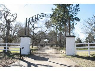 Trinity Pines - Rent Vacation Houses in East Texas - Edom vacation rentals