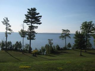 LaRose Wellness Retreat-Red Rock Room - Baraga vacation rentals