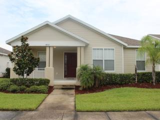 3 Bedroom Thames Villa with pool. - Kissimmee vacation rentals