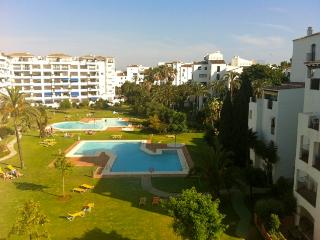 Luxury 2 bedrooms apartment in Puerto Banus - Marbella vacation rentals