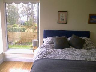 Beautiful 1 bedroom Winchester Bed and Breakfast with Internet Access - Winchester vacation rentals