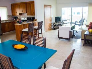 2 BDR Ocean Access & Interior Decorated Condo - Cabarete vacation rentals