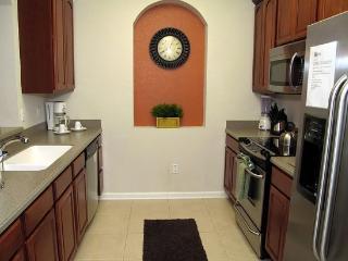 2 Bedroom Vista Cay Condo. 4102BD-302 - Orlando vacation rentals