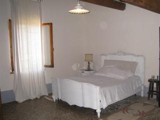 2 Bedroom Bed and Breakfast at Organic Horse Farm - Rapale vacation rentals