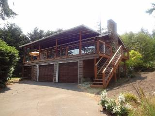 Bright House with Deck and Internet Access - Coupeville vacation rentals