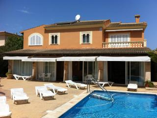 Chalet en Llucmajor (12 Plazas)  Ref. 21380 - Llucmajor vacation rentals