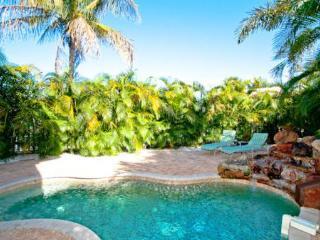 LA COCONUT - Holmes Beach vacation rentals