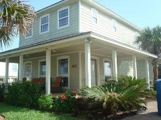 Fabulous 3 bedroom with a private pool! - Port Aransas vacation rentals