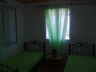 Cozy 2 bedroom Amaliada House with A/C - Amaliada vacation rentals