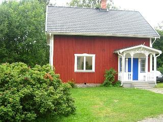 Nice vacation house in the middle of nature - Vastra Amtervik vacation rentals