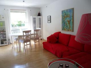 Nice Copenhagen apartment by Christianshavns Canal - Copenhagen vacation rentals