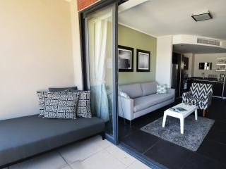 Lovely 1-Bedroom Apartment in De Waterkant - Cape Town vacation rentals