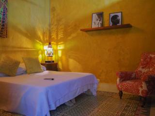 5 bedroom Bed and Breakfast with Internet Access in Cartagena - Cartagena vacation rentals