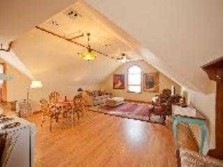 Romantic Luxury Winery Apartment - Jamesport vacation rentals