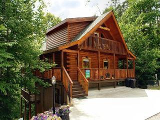 Pigeon Forge resort cabin Boulder Bear Cabin 355 - Pigeon Forge vacation rentals