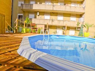 AR2 - Lisbon Terrace and Pool, 5 bedroom - Lisbon vacation rentals