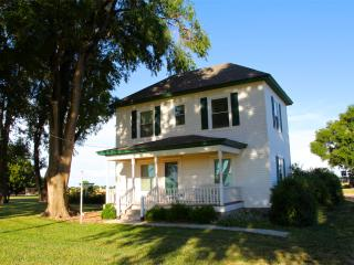 Peaceful country guest home - Wichita vacation rentals