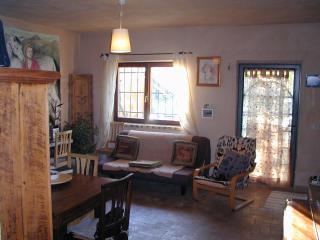 Lovely 1 bedroom Cottage in Caramanico Terme - Caramanico Terme vacation rentals