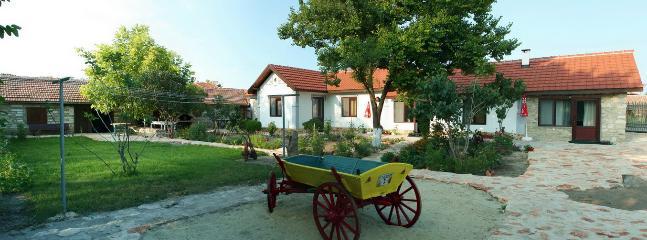 Spacious 6 bedroom House in Balgarevo with Internet Access - Balgarevo vacation rentals