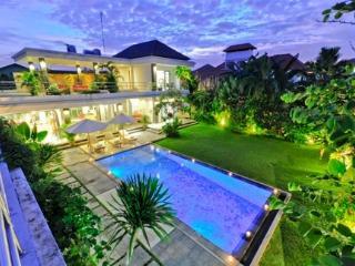 Villa Makasih Bidadari - Seminyak vacation rentals
