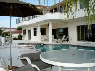 Luxury Waterfront Pool Estate on the Intracoastal Waterway, Beaches! Delray Beach, Florida - Ocean Ridge vacation rentals