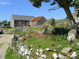 Holiday Cottage - Pen y Mynnydd, Dinas Mountain - Pembrokeshire vacation rentals