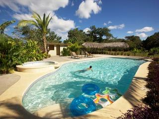 AFFORDABLE LUXURY CONDO 4 MINUTES FROM PLAYA GRANDE! - Playa Grande vacation rentals