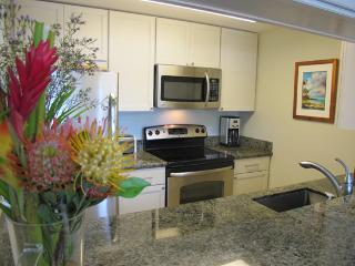 Kihei Garden Estates C207, Ocean Vw Updated Beauty - Kihei vacation rentals