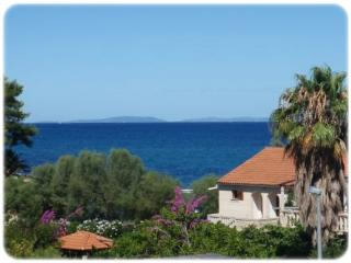 Nice 5 bedroom Supetar Apartment with Internet Access - Supetar vacation rentals