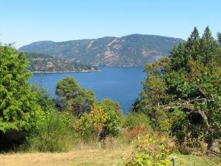Greenaway COTTAGE B&B - Vancouver Island vacation rentals