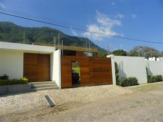 Beautiful 3 bedrooms house by Chapala lake - Chapala vacation rentals