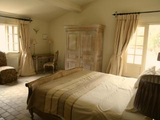 Garden Room at the Chateau d'Eau - Aude vacation rentals