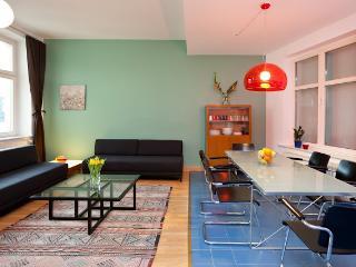 Apartaco 4 design urban apartment central location - Berlin vacation rentals