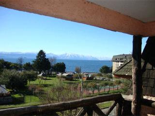 Apartment in front of the Lake in Villarrica - Pucon vacation rentals