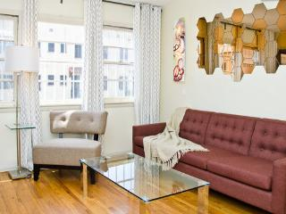 First Floor Apartment Near Grove - Los Angeles vacation rentals