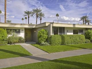 Indian Wells Vacation Home - Fantastic Location! - Indian Wells vacation rentals