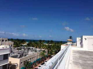 Beautiful Loft on Collins Ave, Right on the Beach! - Miami Beach vacation rentals