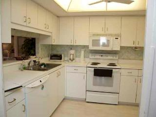 Cozy 2 bedroom Siesta Key Apartment with Internet Access - Siesta Key vacation rentals