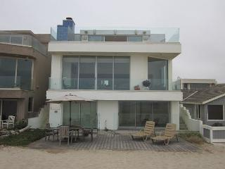 36250 - Lev Beach House - Hollywood Beach Oceanfront - Oxnard vacation rentals