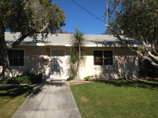 2 bdr 2 bth +den  home in Palm Desert Country Club - Palm Desert vacation rentals