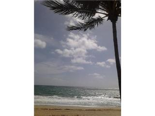 Direct Oceanfront Studio....Spectacular Ocean Views - Lauderdale by the Sea vacation rentals