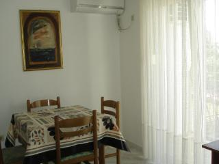 Apartment Solic As1 - Podstrana vacation rentals