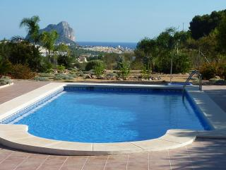 Marvelous Vacation Villa in Benissa, wifi, swimming-pool, near beach... - Alicante Province vacation rentals