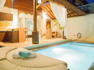 Villa Capri 88 , Luxury 2 Bed in Oberio, Seminyak - Seminyak vacation rentals