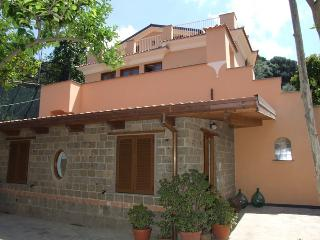 GIGLIO : Executive Suite - Sorrento vacation rentals
